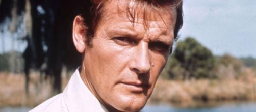 Sir Roger Moore, James Bond star, dies at 89 - sky.com