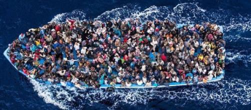 Strage di Migranti, tra cui molti bambini, nel Canale di Sicilia