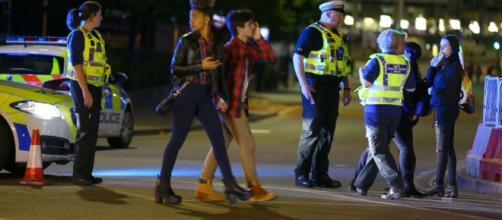 The latest updates on the terror attack in Manchester and Theresa ... - lifegate.com