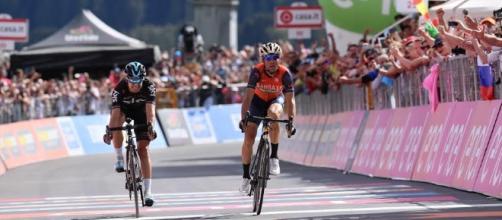 Vincenzo Nibali vince la sedicesima tappa del Giro