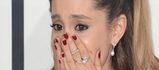 Ariana Grande está bem após estrondo