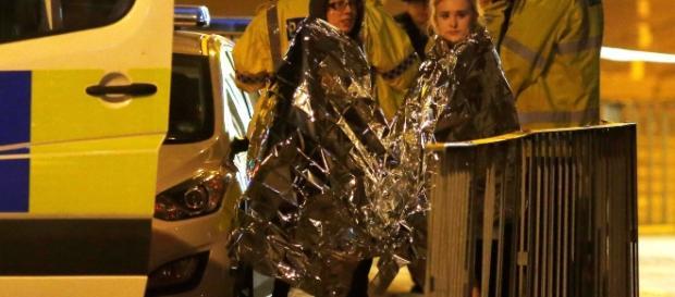 Atentado terrorista em Manchester mata mais 22 e deixa 59 feridos.
