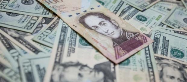 El DICOM. ¿Un sistema cambiario beneficioso para el ciudadano o estratégico para el gobierno? Foto:efectococuyo.com
