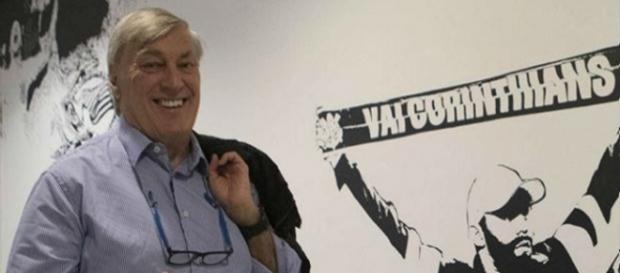 Flávio Adauto fala sobre possíveis reforços para o Corinthians em 2017