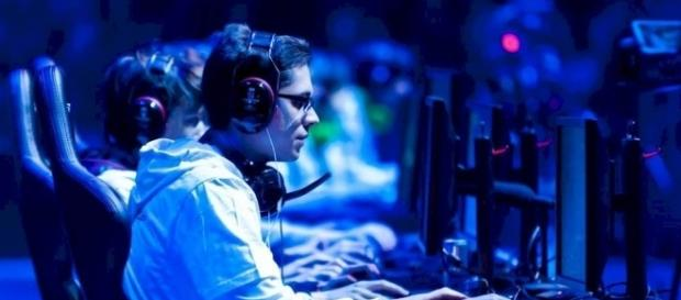 Rise Of College E-Sports - theodysseyonline.com