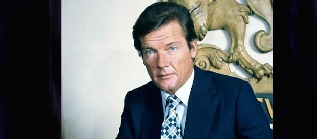 Roger Moore umarł - żegnaj rycerzu XX wieku! (Foto: Allan Warren, 1973)
