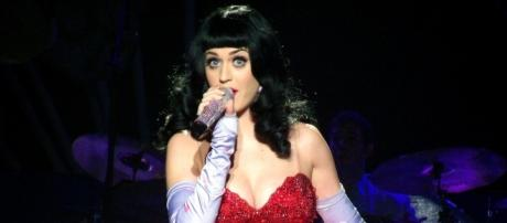 'Roar' singer Katy Perry finally speaks up about her ongoing feud with Taylor Swift. (Flickr/Samantha Sekula)