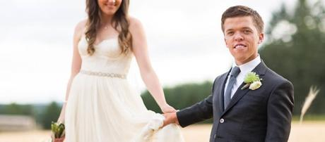 Zach and Tori Roloff on their wedding day (Photo via Little People, Big World Official Facebook Page)