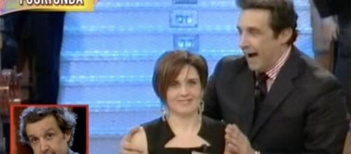 Flavio Insinna 'umiliato' da Striscia la Notizia, i telespettatori ... - funweek.it