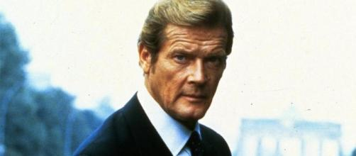 Former Bond actor Sir Roger Moore has died, aged 89. / from 'Yahoo' - yahoo.com