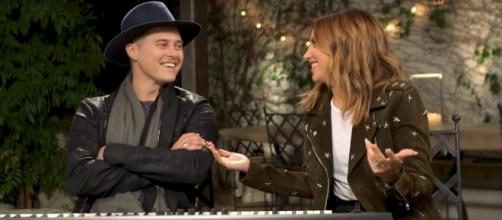 Lucas Grabeel (L) and Ashley Tisdale (R) reunited for the rendition of a 'High School Musical' soundtrack. (Facebook/Ashley Tisdale)