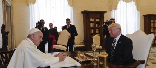Storico incontro in Vaticano tra Papa Bergoglio e il presidente americano Donald Trump