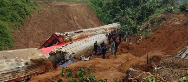 Cameroun : Accident du train d'Eseka, voici les exigences du ... - yaoundeinfo.com