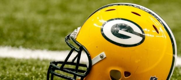 Green Bay Packers: Who wore #91 the best? - lombardiave.com