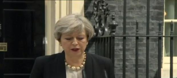 Theresa May en rueda de prensa
