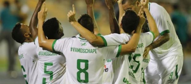 Zulia e Chapecoense pela Libertadores 2017 (Foto: GettyImages)