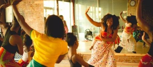 A dance class in progress. / Photos via Karisma Jay, AbunDance Academy of the Arts. Used with permission.