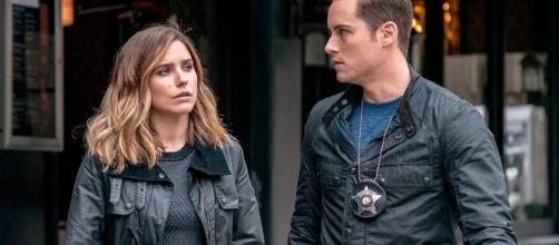 Chicago P.D.' Finale: Are Halstead and Lindsay Getting Engaged - Screenshot