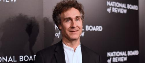 Doug Liman to Direct 'Justice League Dark' Movie for DC, Warner ... - rebrn.com