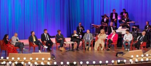Gli ospiti della puntata del 25 maggio del Costanzo Show