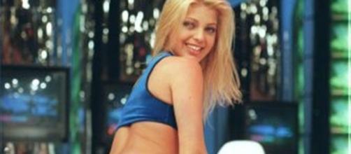 Sheila se tornou dançarina do É o Tchan em 1998