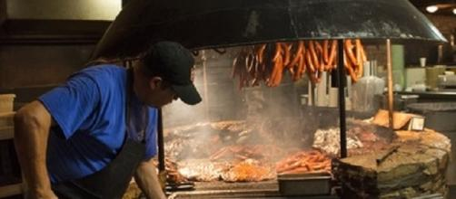 The pit at the Salt Lick where Thomas Abramowicz first tasted barbecue (libarary of Congress)