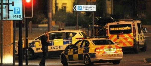 UK police treating blast at Ariana Grande concert as possible ... - wjla.com