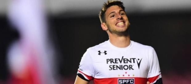 Calleri fez 16 gols com a camisa do São Paulo