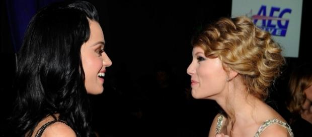 Is Katy Perry finally ready to bury the hatchet with Taylor Swift? (via Blasting News library)