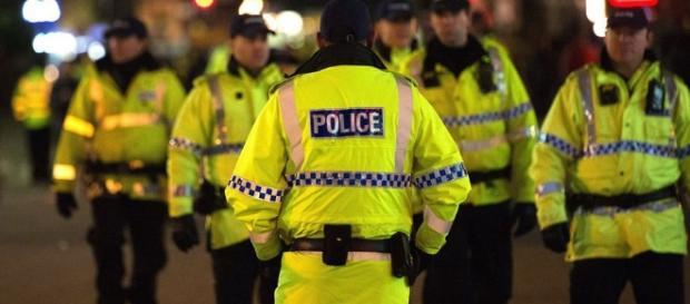 Policía británica. Gentileza: Diario de Sevilla