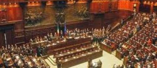 Gli incredibili privilegi dei parlamentari italiani (in carica e ... - meridionews.it