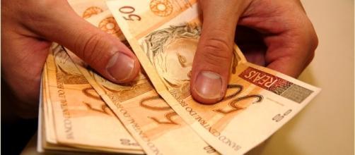 Iniciando no mercado financeiro, jovens estão cada vez investindo suas finanças