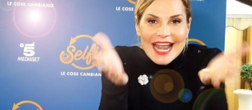 Simona Ventura torna con Selfie: «Non è stato facile convincere Belen»
