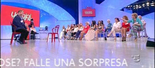 Uomini e Donne | Trono over | Puntata 19 maggio 2017 - gossipblog.it