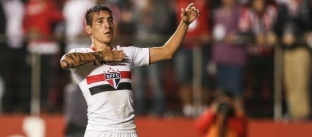 Atacante marcou oito gols com a camisa do São Paulo (Foto: Google)