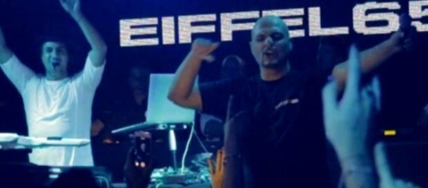 Gli Eiffel 65: dance band di fama internazionale.