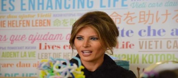 Grafóloga desvenda personalidade da enigmática Melania Trump (Daily Mail)