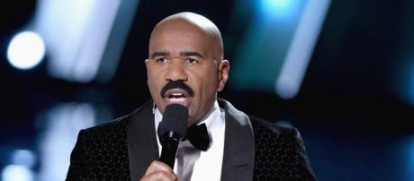 Steve Harvey has relocated to Los Angeles - Photo: Blasting News Library - eonline.com