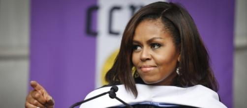 Michelle Obama gives a good speech - Photo: Blasting News Library - theundefeated.com