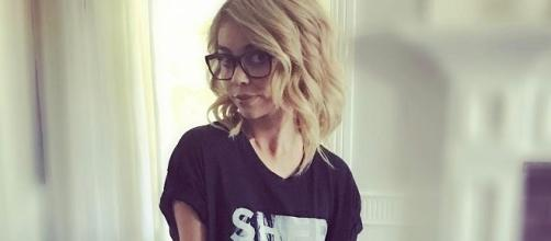 Sarah Hyland shamed for anorexia in shocking weight loss. Source Youtube.