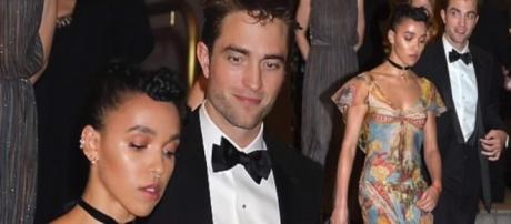 FKA Twigs is miserable with Rob Pattinson? (Hollywood News/YouTube Screenshot)