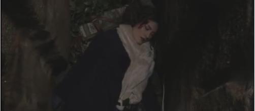 Il Segreto, anticipazioni: Camila viene gettata in un pozzo