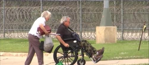 Former Speaker of the House Dennis Hastert to Report to Prison ... - go.com