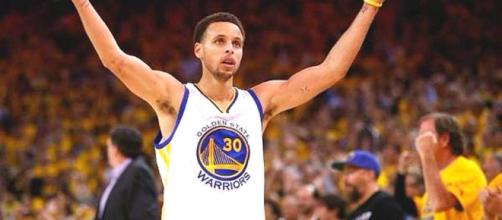 Golden State Warriors gana primer juego de la final de NBA.
