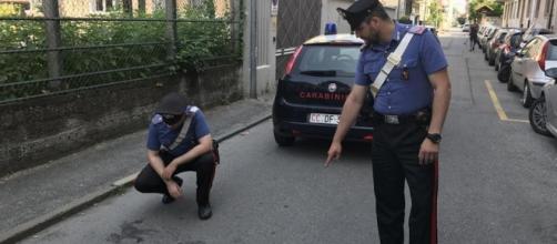 """Muore un neonato abbandonato per strada Una testimone: """"E' stato ... - lastampa.it"""
