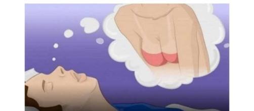 Rapaz tendo sonho intimo com uma mulher