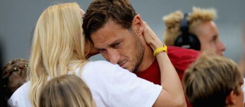 Totti Day: le lacrime dei tifosi e la lettera d'addio del capitano della Roma