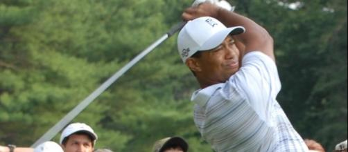 via Wikimedia Commons - Tiger Woods, champion golfer, drives the ball down range during the inaugural en:Earl Woods Memorial Pro-Am Tournament.