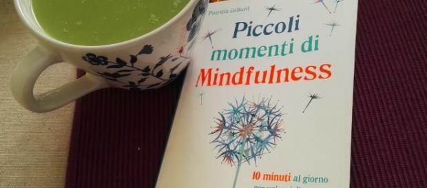 Los libros Mindfulness, que proliferan hoy en día, son una buena herramienta de apoyo; pero no deberíamos tomarlo como único punto de referencia.