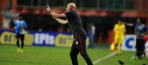 Zago foi o segundo treinador da Série B a ser demitido